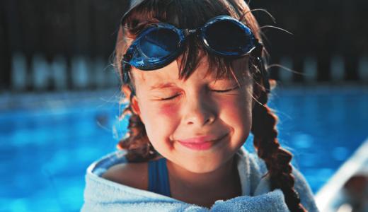 水泳は習い事の王様、今も昔も人気ランキング第1位!その秘密はどこに?